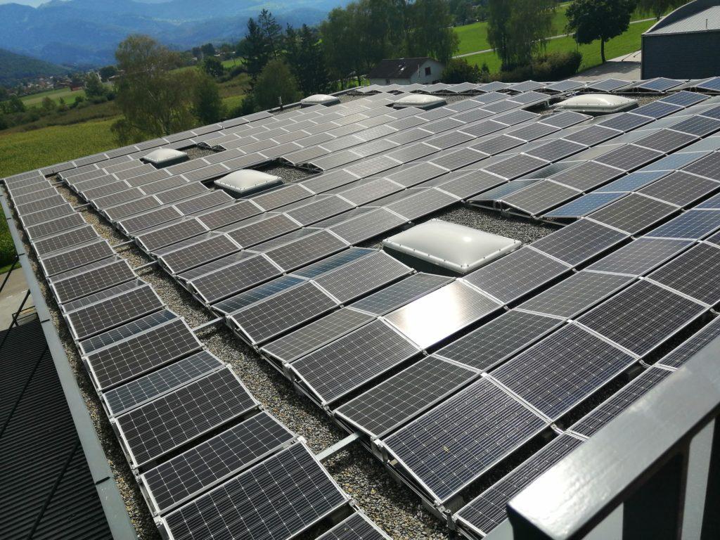 Photovoltaikanlage Kühnis Solutions AG